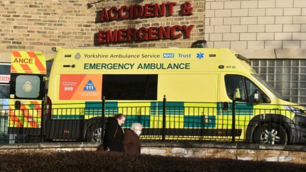 Ya rompimos la relación entre los casos de Covid y fallecimientos: funcionario británico de los servicios de salud