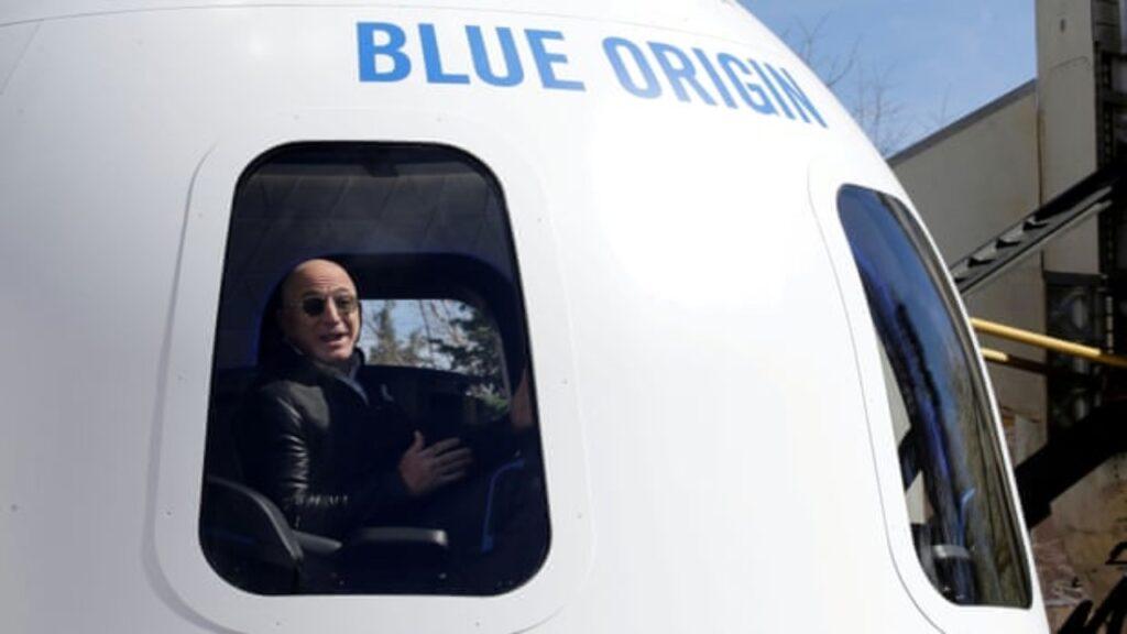 Jeff Bezos irá al espacio en el primer vuelo tripulado del cohete New Shepard