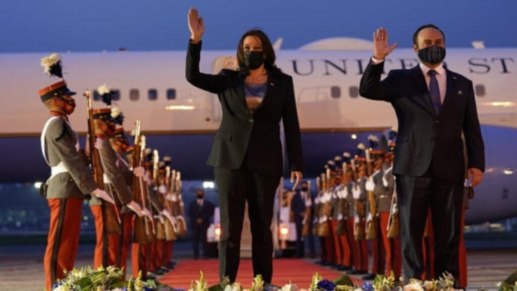 Los obstáculos aumentan en Centroamérica mientras Biden va contra la corrupción