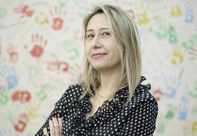 Larissa Bombardi dice que cada dos días una persona muere por agrotóxicos en Brasil