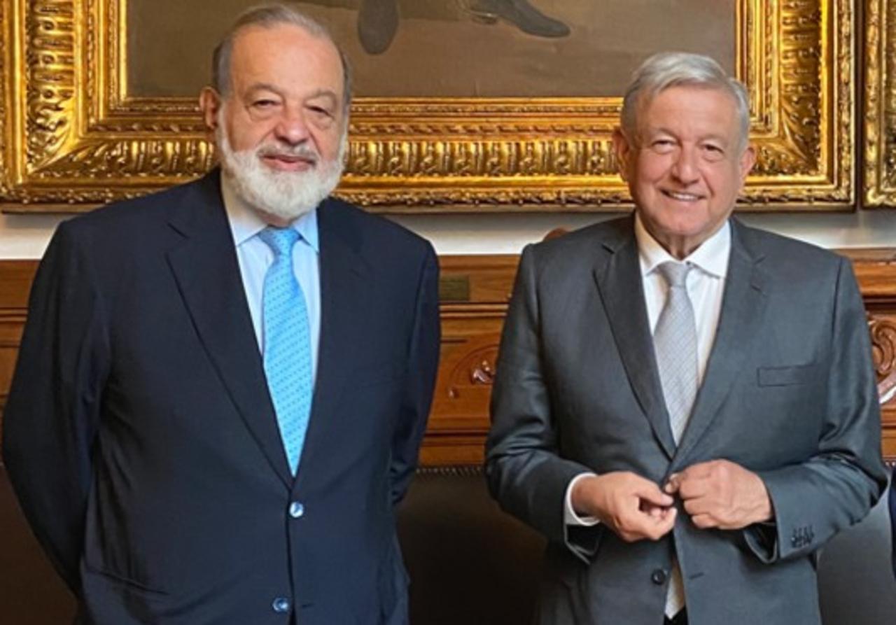 Foto de AMLO y SLim en palacio nacional