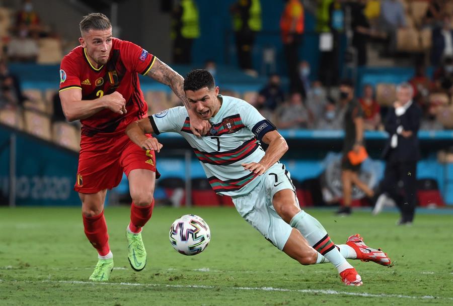Bélgica vence a Portugal y se mete a los cuartos en la Eurocopa
