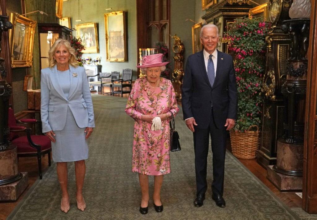 La reina Isabel II recibe a Joe Biden en Windsor