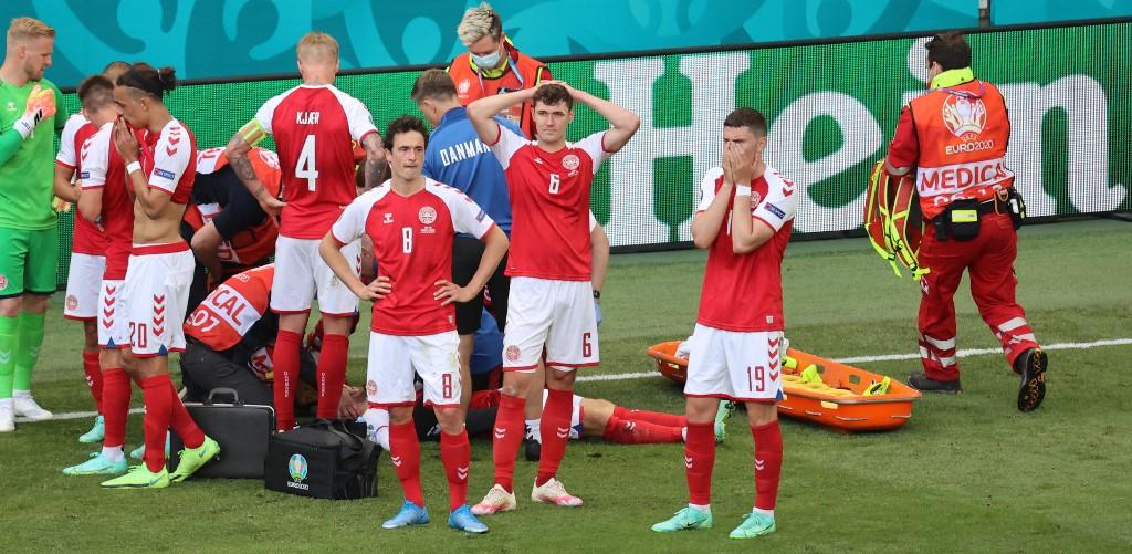 Christian Eriksen se desvanece y suspenden el Dinamarca-Finlandia