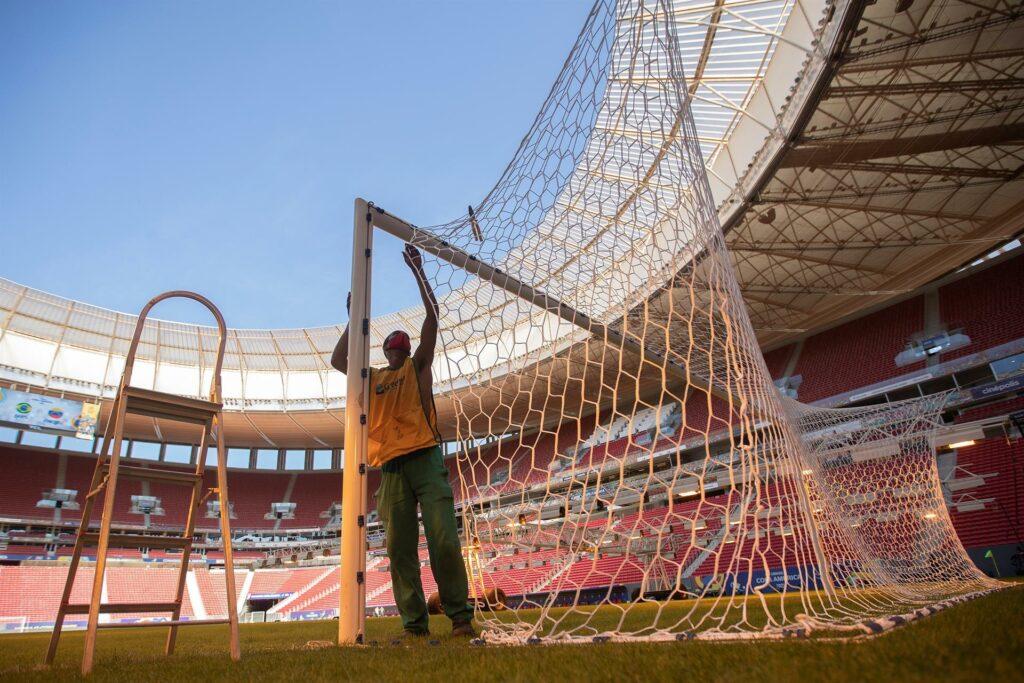 Una Copa América marcada por el Covid-19 inicia este domingo en Brasil