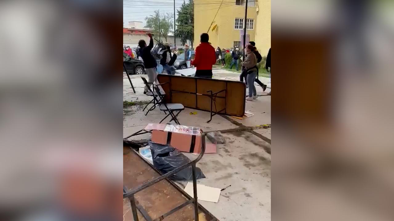 Vandalizan casilla en Metepec