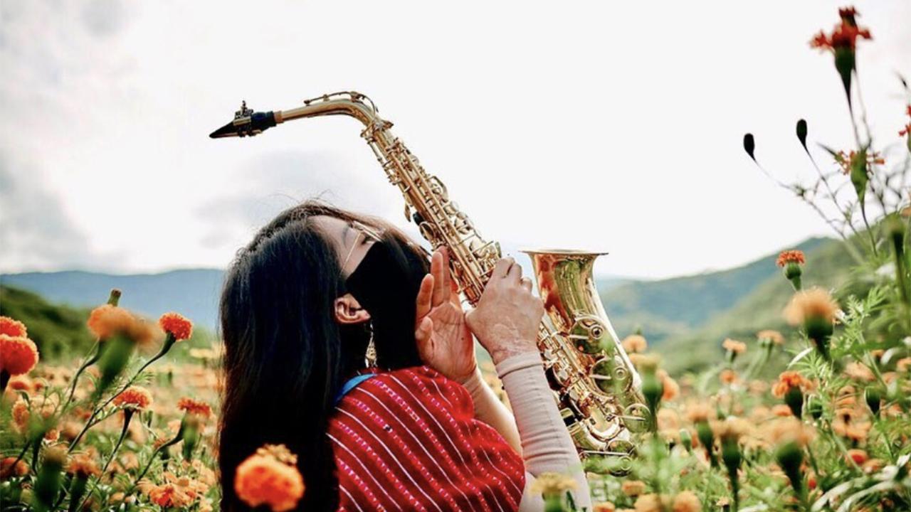 saxofonista María Elena Ríos