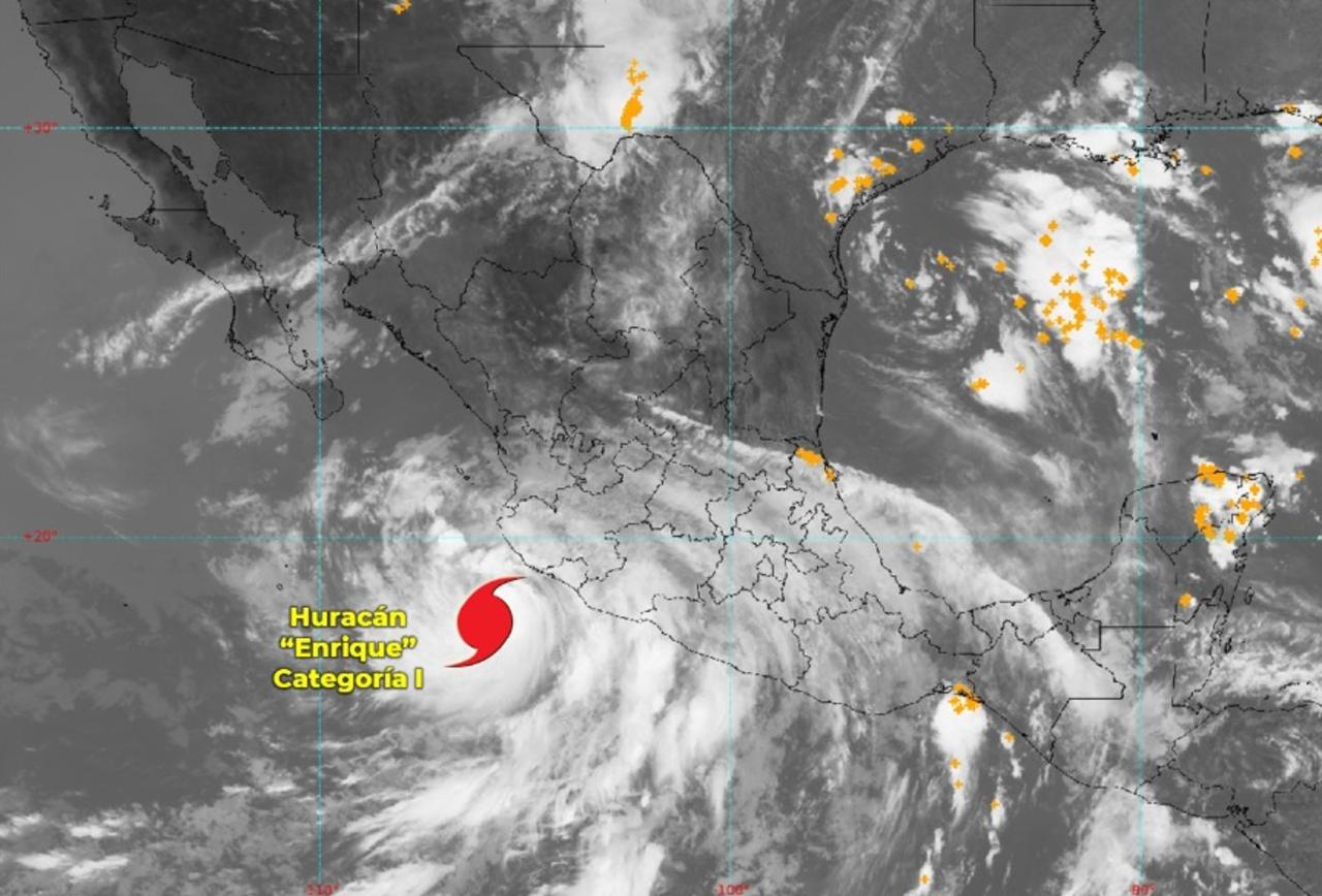 """Foto de la trayectoria del huracán """"Enrique"""" que intensificará su categoría"""
