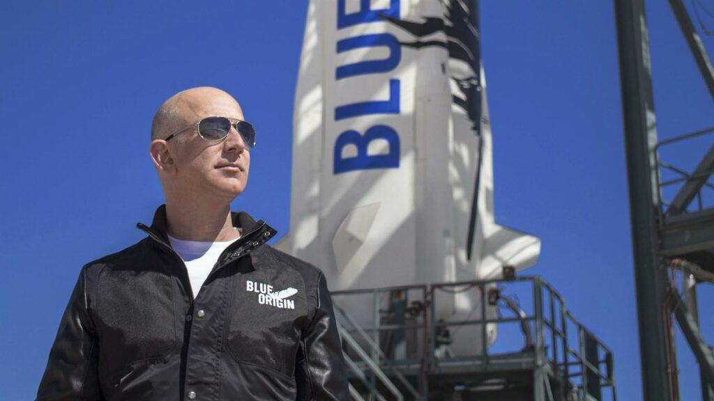 Bezos, 'atónito' por 'la belleza y la fragilidad' de la Tierra vista desde el espacio
