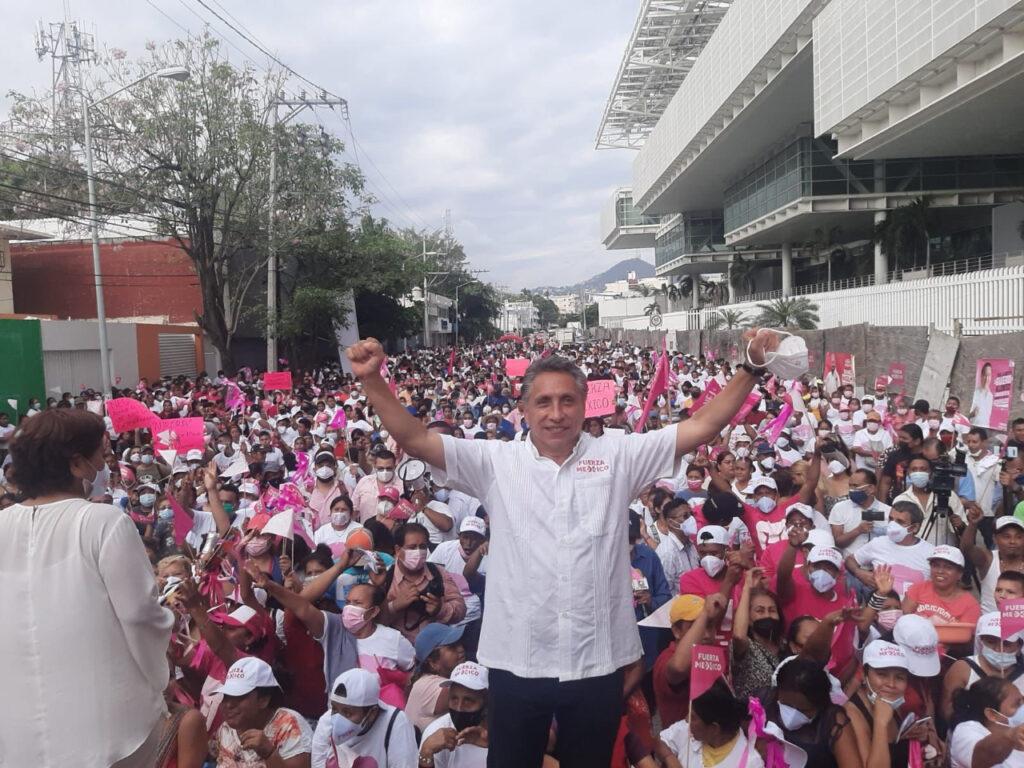 Elección en Guerrero: Manuel Negrete declina a favor de Evelyn Salgado