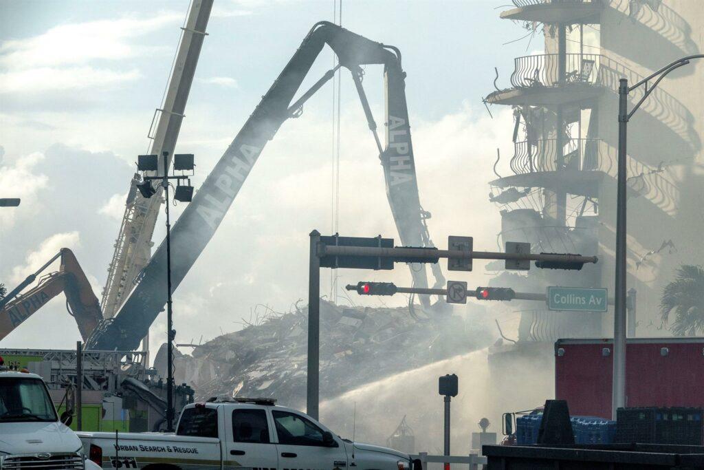 Tras derrumbe, edificios de 40 años o más tendrán auditoría en Miami