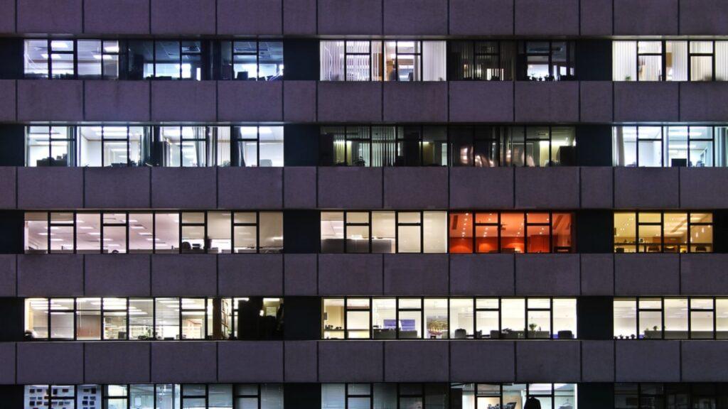 La oficina vacía: lo que perdemos cuando trabajamos desde casa