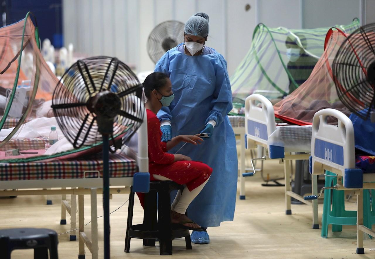 Foto de un paciente covid en India, donde apareció la variante Delta