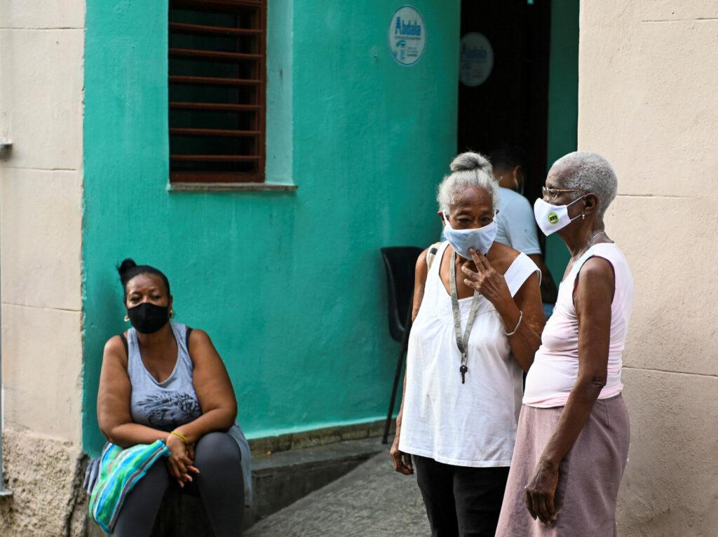 Por tercer día consecutivo, Cuba reporta récord de casos de Covid-19 y muertes