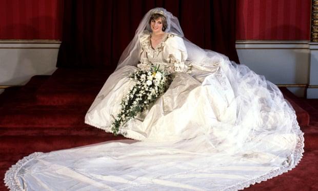 Así se creó el vestido de novia de cuento de hadas de Lady Di