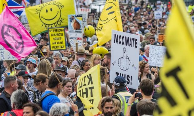 Médicos en Londres son agredidos por pacientes a quienes les recuerdan que se pongan la vacuna anticovid