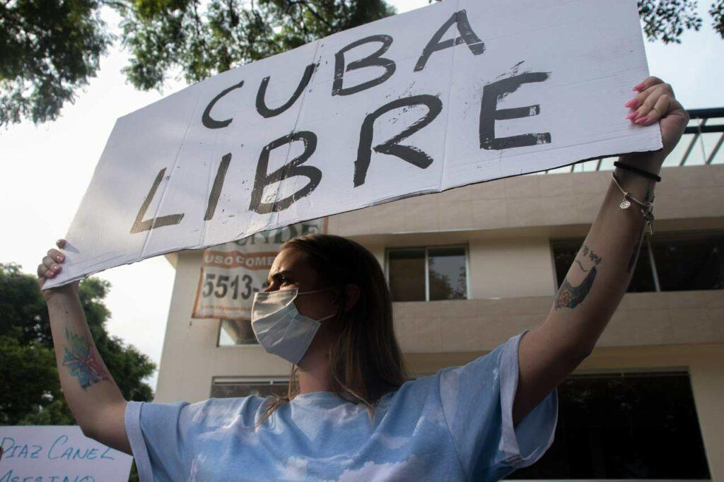 Sobre el bloqueo económico que asfixia deliberadamente al pueblo de Cuba