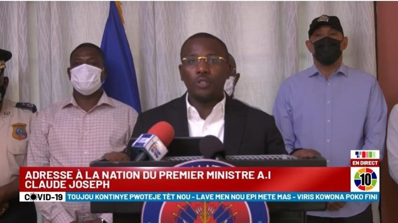 Foto del anuncio del estado de sitio en haití