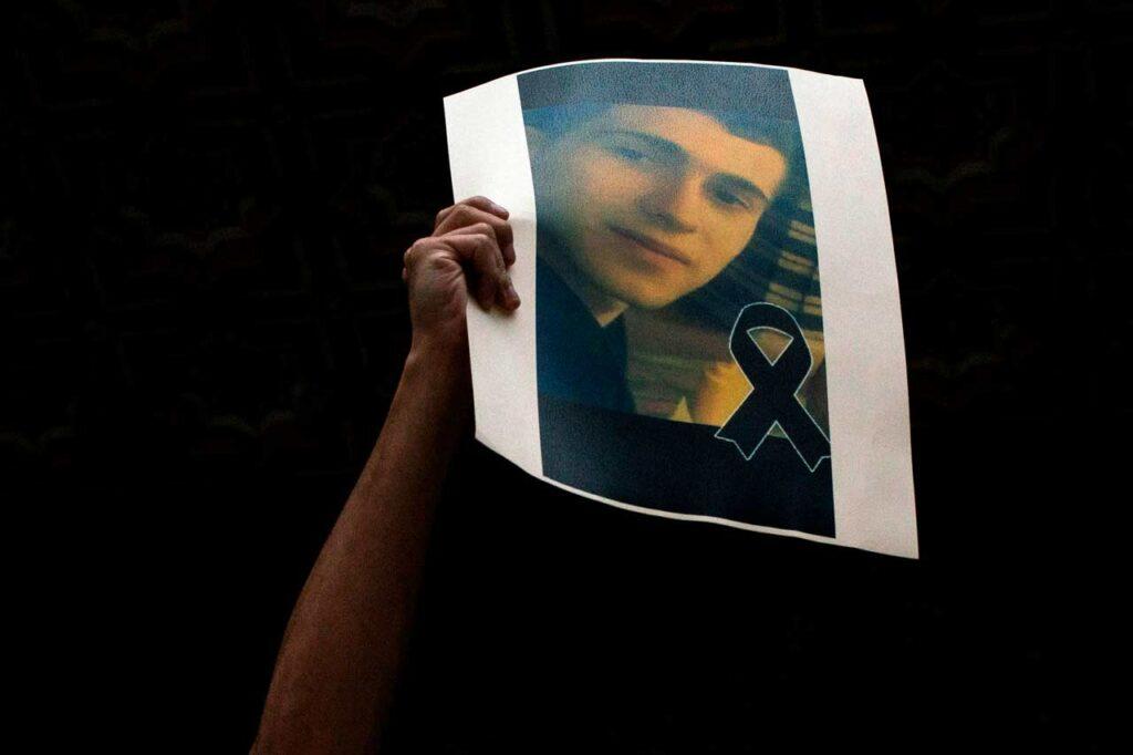 La policía española suma 6 detenidos por probable asesinato homófobo