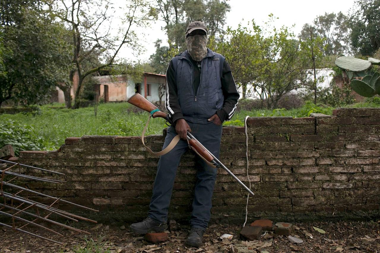 autodefensas en zona aguacatera de Michoacán