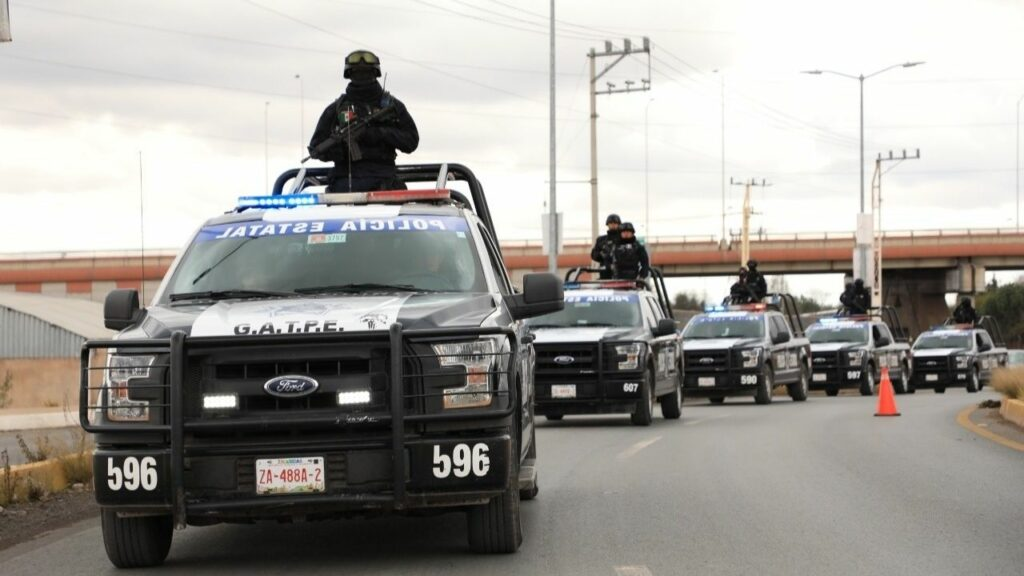 Hallan 6 cuerpos en un puente vehicular en Zacatecas