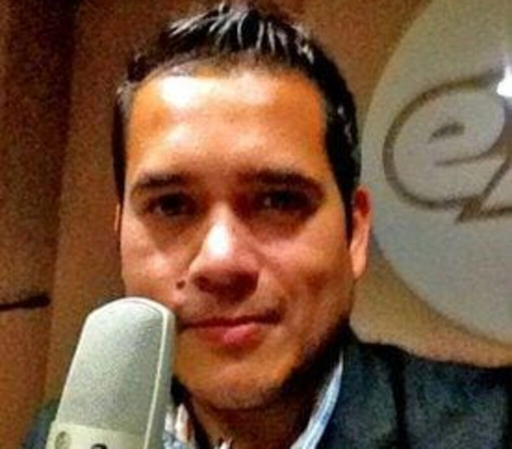 El periodista Abraham Mendoza es asesinado a balazos en Michoacán