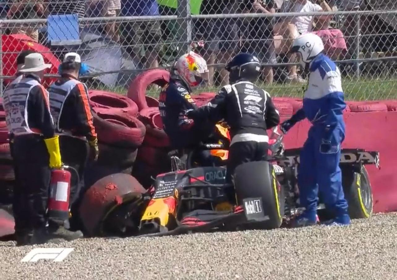Foto del accidente de max verstappen