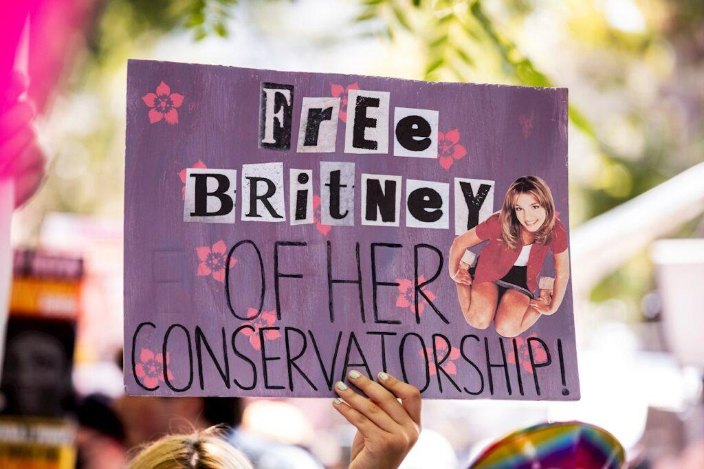 Britney Spears inicia trámites para quitarle a su padre el control de sus finanzas