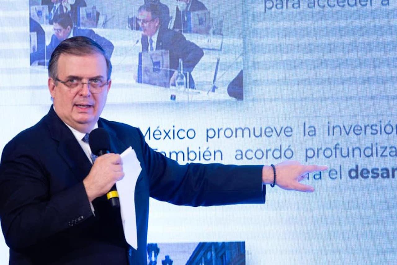 Vacuna de Moderna será aprobada según Ebrard