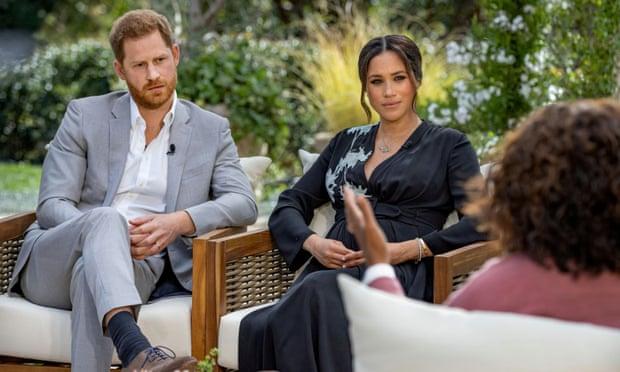Harry y Meghan 'creen que la realeza no se responsabilizó por las preocupaciones' dichas a Oprah