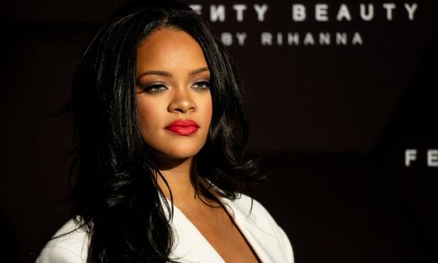 Rihanna es nombrada la cantante más rica del mundo