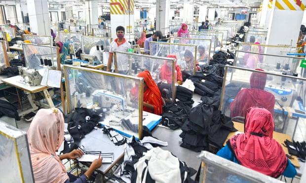 Las marcas de moda firman un nuevo acuerdo sobre la seguridad de los trabajadores en Bangladesh