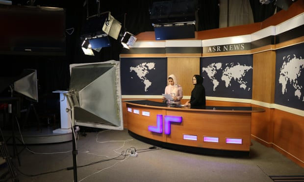'Vemos un silencio lleno de miedo': periodistas afganas piden ayuda