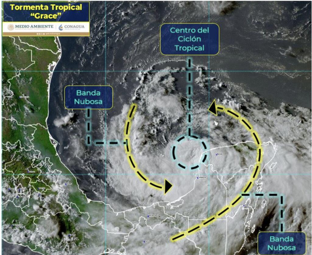 Grace se fortalece al dejar tierra y se volverá huracán en el Golfo de México