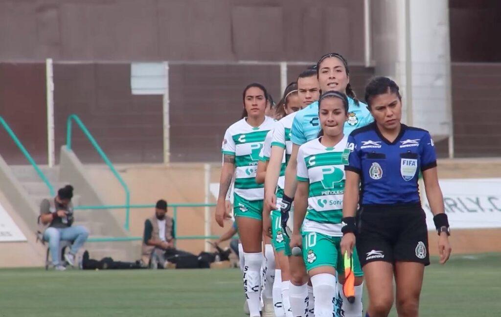 En busca de la dignidad del futbol femenil en México