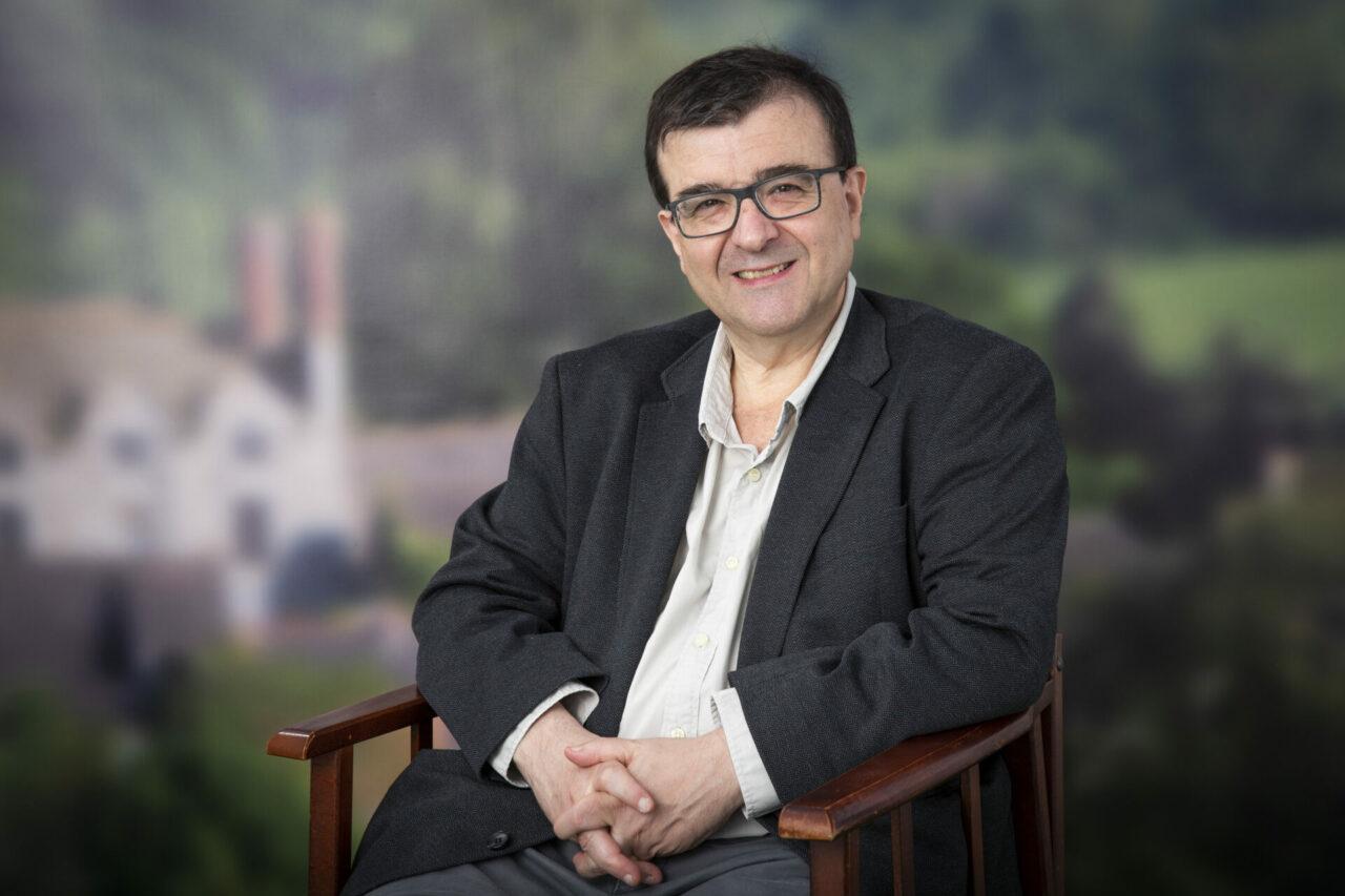 Javier Cercas: Es de una ingenuidad terrible creer que seremos más solidarios por el covid