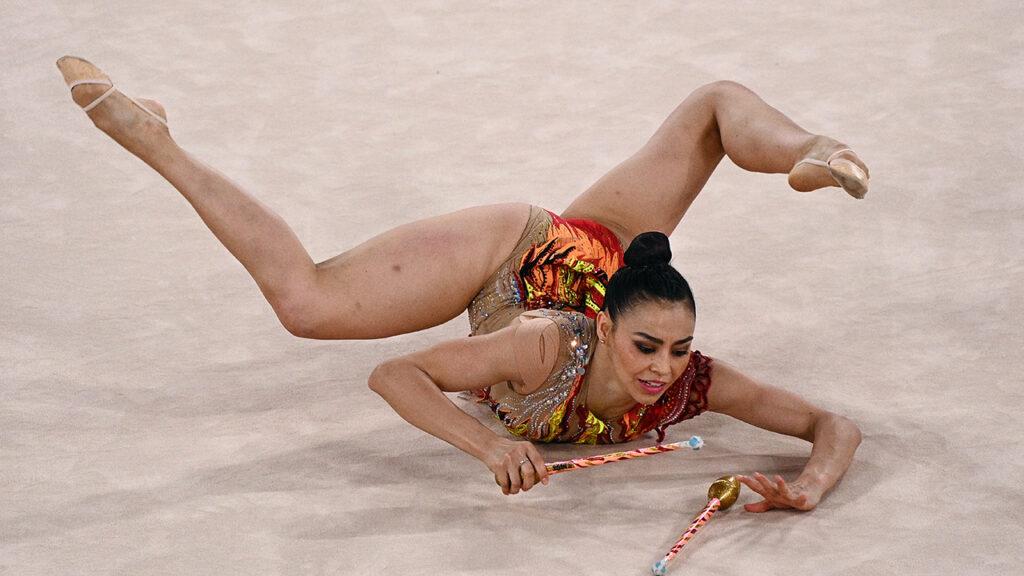 Tokio 2020. La gimnasta Rut Castillo realiza rutina al ritmo de 'El Triste' de José José