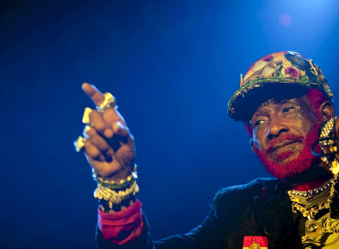El reggae está de luto: Murió 'Lee Scratch' Perry, músico y productor