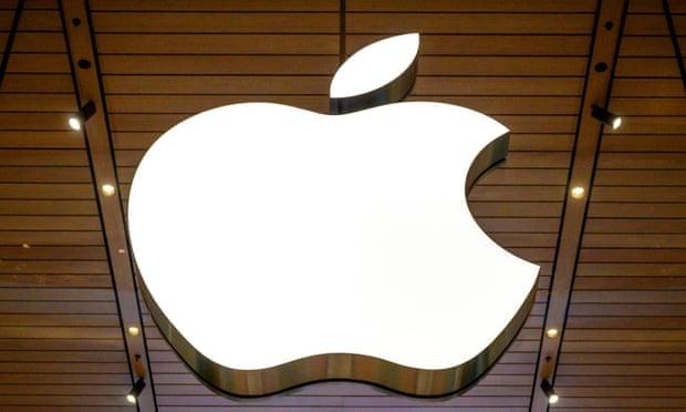 Las ambiciones automotrices de Apple sufren un golpe debido a que el jefe de su equipo se une a Ford