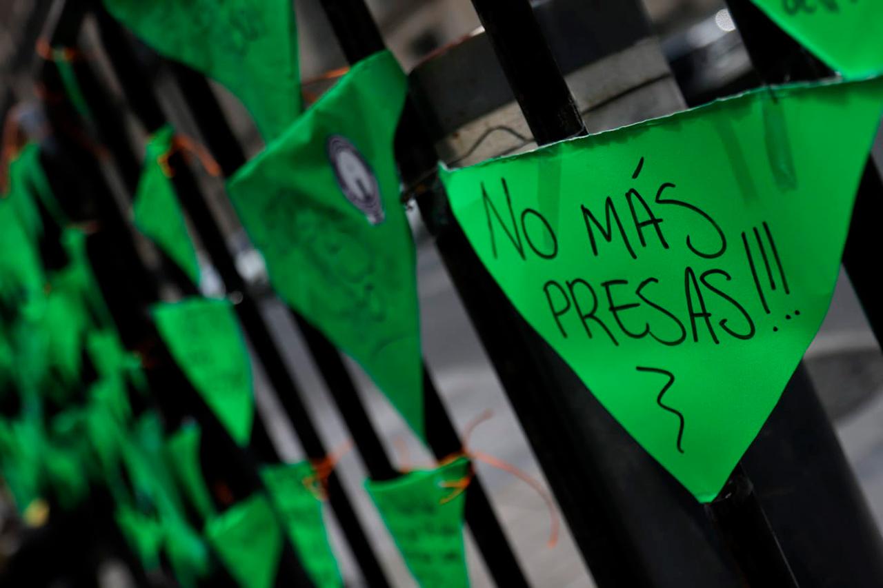'No puedo hacer mucho con mi vida': Míriam suma 17 años sentenciada por aborto accidental