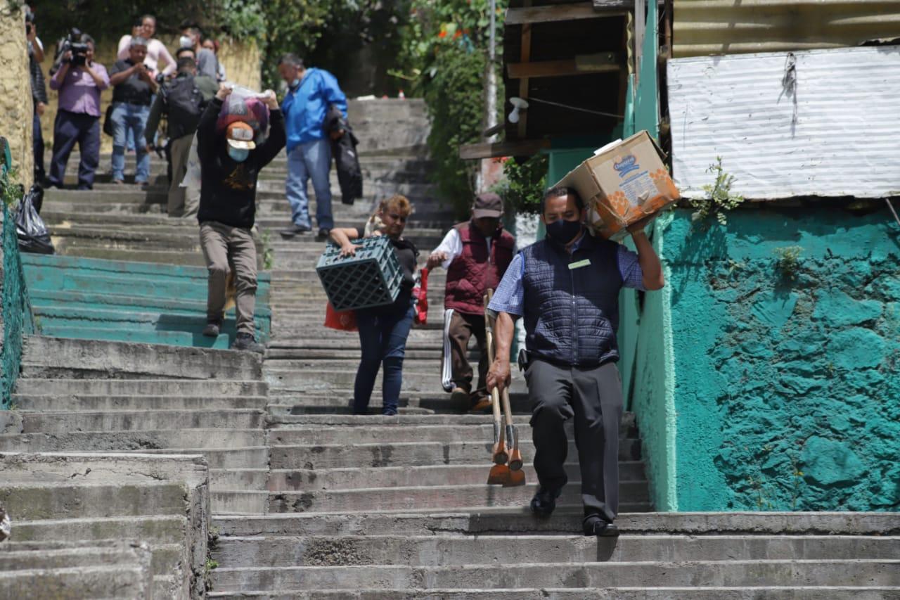 'Con cualquier ruidito se sobresalta uno': así viven los vecinos del Cerro del Chiquihuite