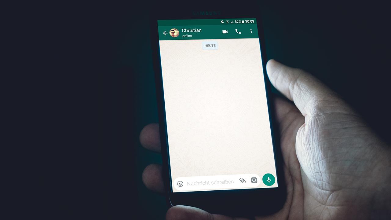 Así puedes programar mensajes instantáneos en WhatsApp Business