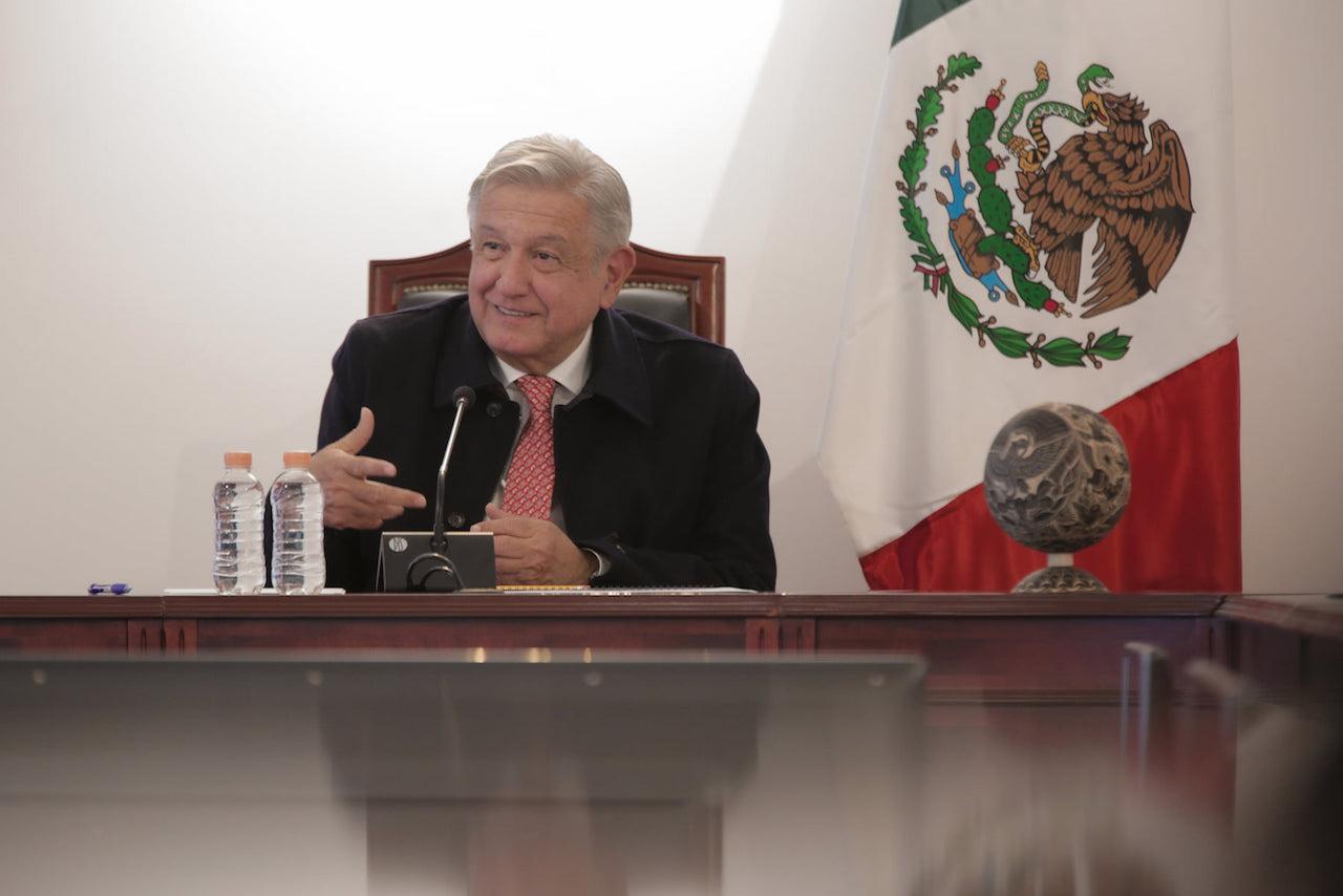 Venezolanos exiliados declaran 'persona non grata' a López Obrador