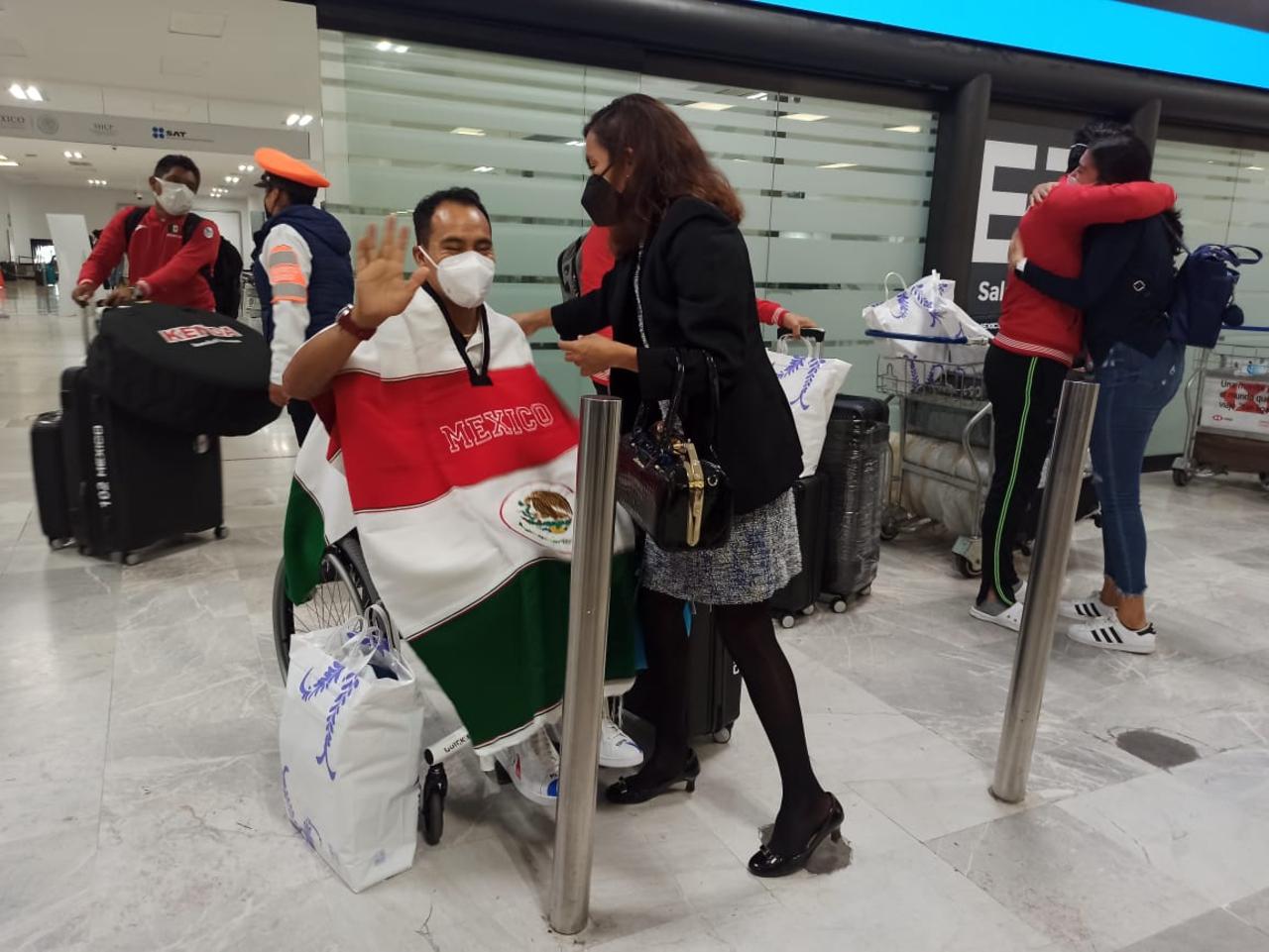México, una potencia en Paralímpicos: Atletas vuelven a nuestro país