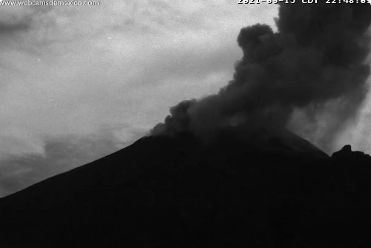 Cae ceniza en Edomex y CDMX, y hay mala calidad de aire en Coacalco