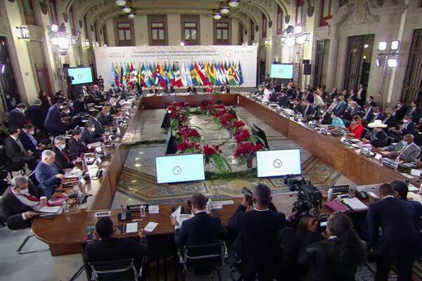 Mandatarios de AL inauguran cumbre de la Celac; buscan restar poder a la OEA