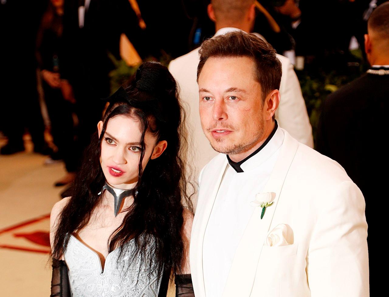 Elon Musk y Grimes confirman su separación: 'Aún nos queremos'