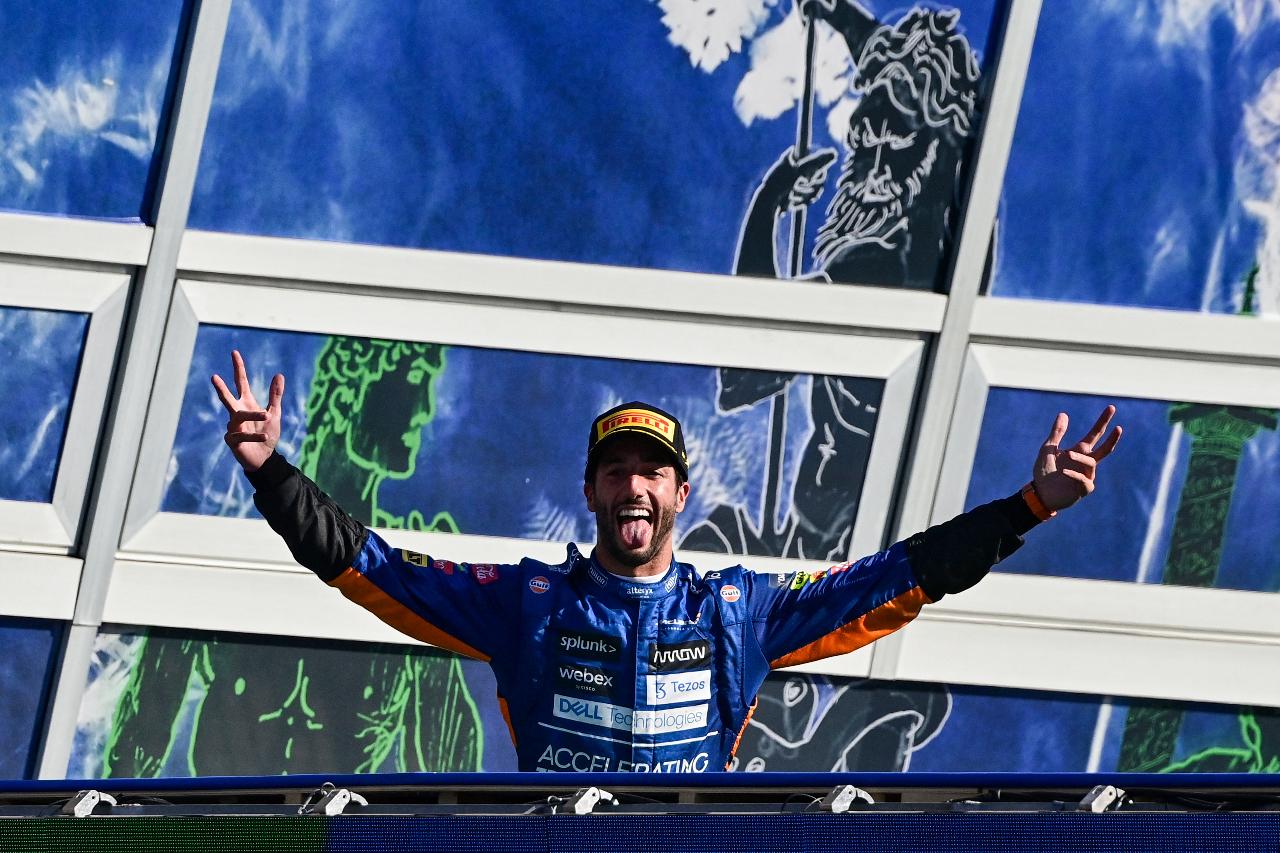 Ricciardo se impone en el Gran Premio de Italia; 'Checo' queda en quinto