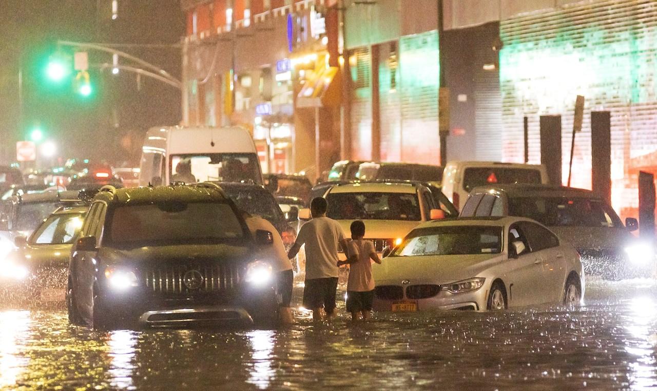 'Ida' deja al menos 42 muertos a su paso por Nueva York, Filadelfia y Nueva Jersey