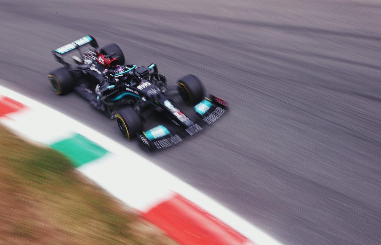 Hamilton gana el Gran Premio de Rusia y logra su victoria número 100